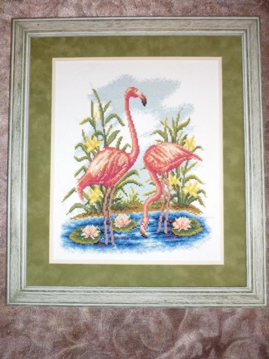 Вышивка фламинго гладью 85