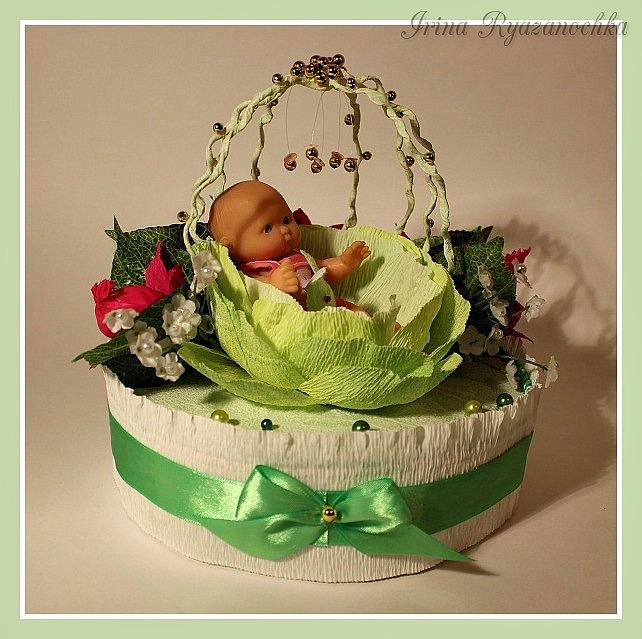 Подарки из конфет на рождение ребенка 631