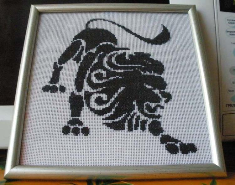 Схемы вышивки крестом лев черно-белый