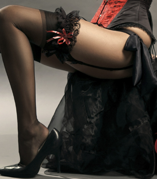 Женские ножки фото в чулочках